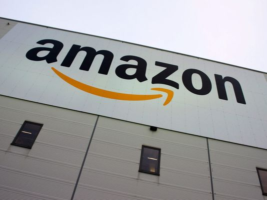 Amazon shows female, minority workers enjoy equal pay