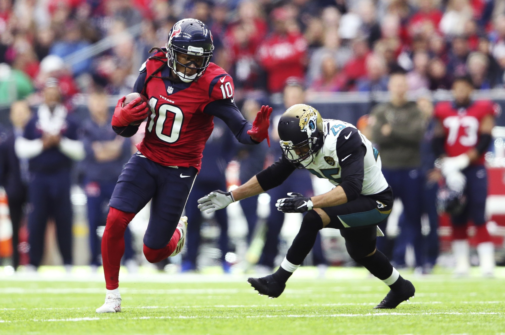 DeAndre Hopkins excels with Savage at QB
