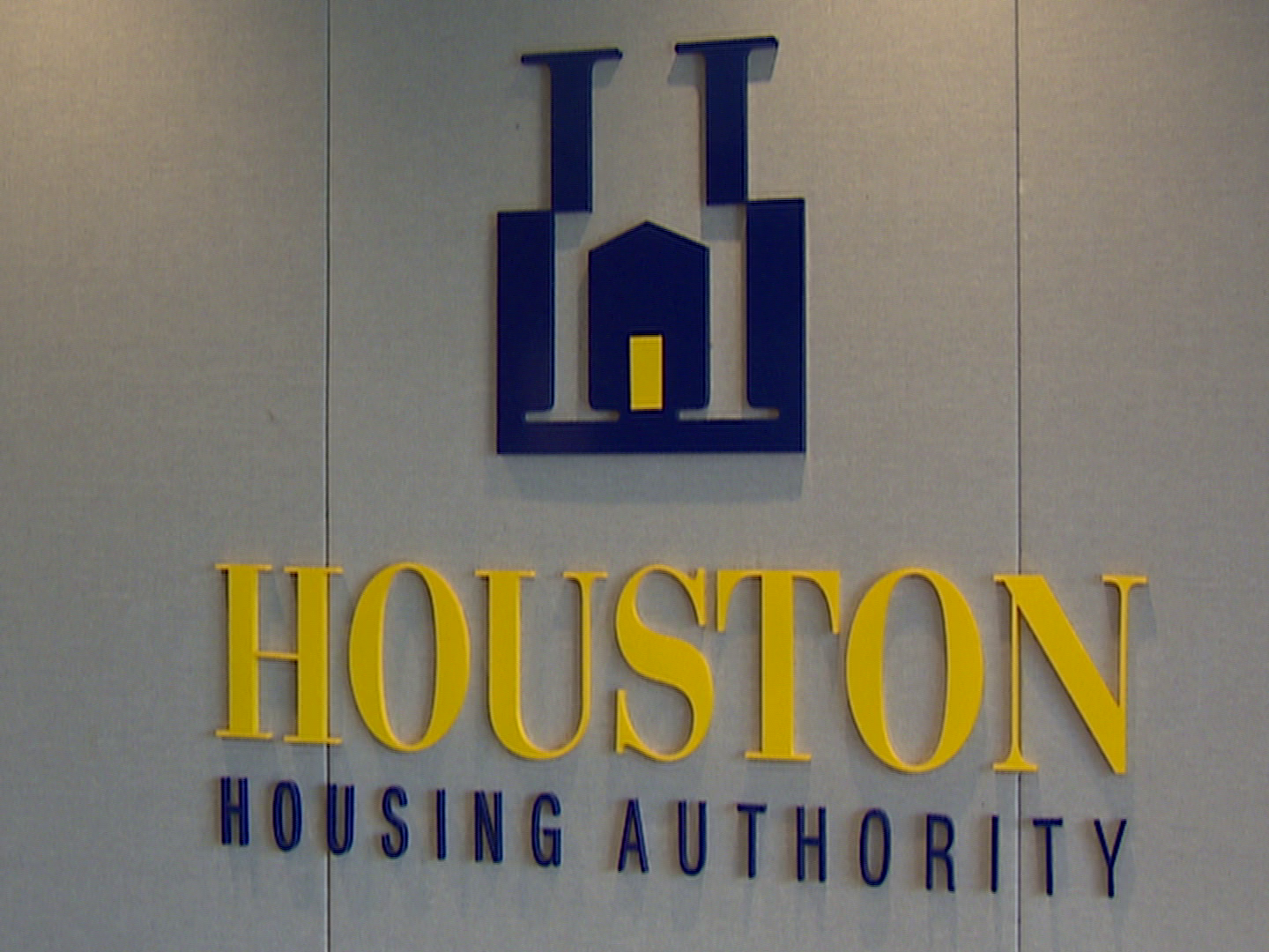 i was crushed': houston woman, 900 others get housing vouchers