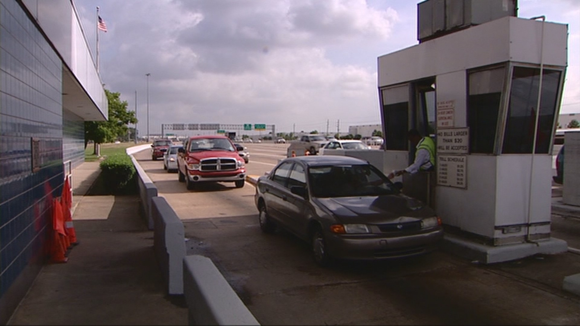 road tolls Governor hogan rolls back tolls statewide - saving marylanders $54 million a year the following toll reductions and changes are effective july 1, 2015.